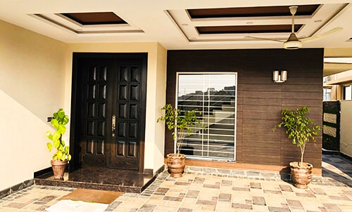 10 MARLA HOUSE FOR SALE IN DHA PHASE 8