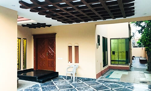 1  KANAL BRAND NEW UPPER PORTION FOR RENT IN DHA PHASE 8